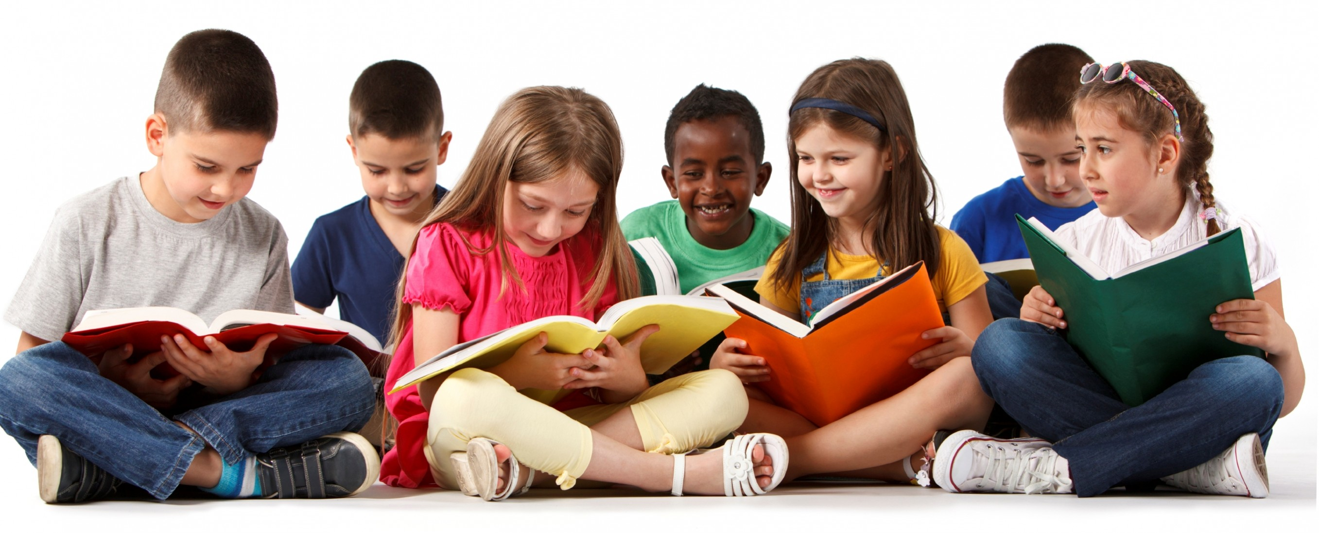 A Guide to How Children Learn to Read - Verywell Family